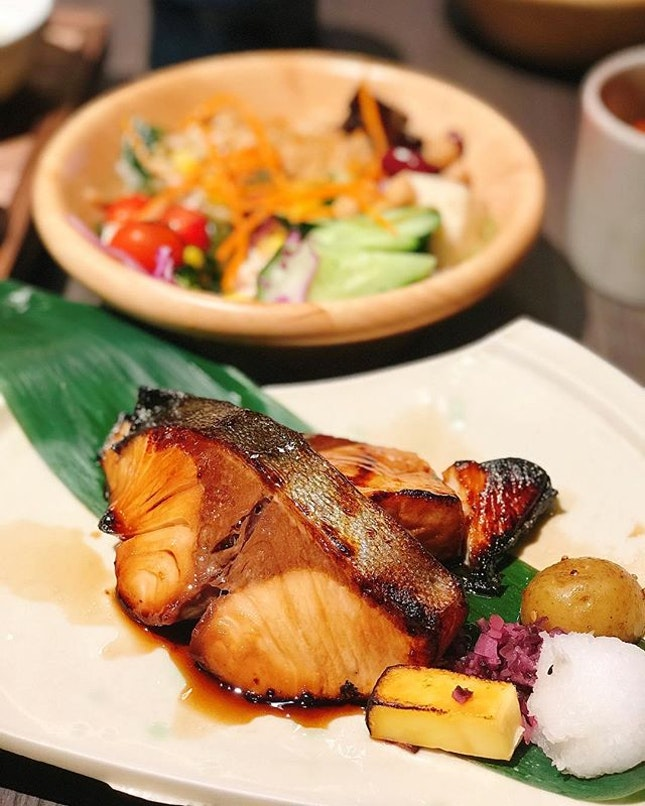 Keisuke's 19th outlet is a stunning Charcoal Grill & Salad Bar at Paya Lebar Square basement.