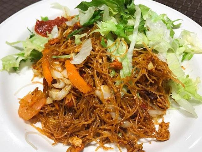 星洲炒米粉 Singapore fried bee hoon 😋 ⠀⠀⠀⠀⠀⠀⠀⠀⠀ ⠀⠀⠀⠀⠀⠀⠀⠀⠀ ⠀⠀⠀⠀⠀⠀⠀ ⠀⠀⠀⠀⠀⠀⠀⠀⠀ ⠀⠀⠀⠀⠀⠀⠀⠀⠀⠀⠀ ⠀⠀⠀⠀⠀⠀⠀⠀⠀ ⠀⠀⠀⠀⠀⠀⠀ ⠀⠀⠀⠀⠀⠀⠀⠀⠀ ⠀⠀⠀⠀⠀⠀⠀⠀⠀ ⠀⠀⠀⠀⠀⠀⠀⠀⠀ ⠀⠀⠀⠀⠀⠀⠀ ⠀⠀⠀⠀⠀⠀⠀⠀⠀ ⠀⠀⠀⠀⠀⠀⠀⠀⠀ #burpple #burpplesg #hungrygowhere #sgeats #ilovefood #igfood #instayum #whati8today #exploresingapore #eatoutsg #foodie #instafoodsg #openricesg #food52  #sgigfoodies #foodiesg #sgcafe #cafesg  #Igfoodie #chinesefood #noodles #asianfood #新加坡 #新加坡美食 #吃貨 #美食 #美味 #美味しい #相機食先 #夕食
