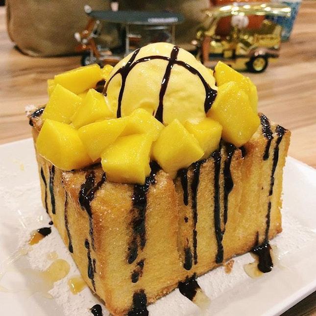 Mango Shibuya Toast from Tuk Tuk Cha.