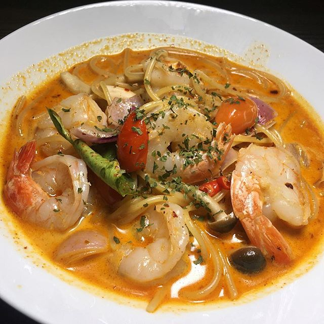 Tom Yum Prawn Linguine from the modest At the Myo at Everton Park.