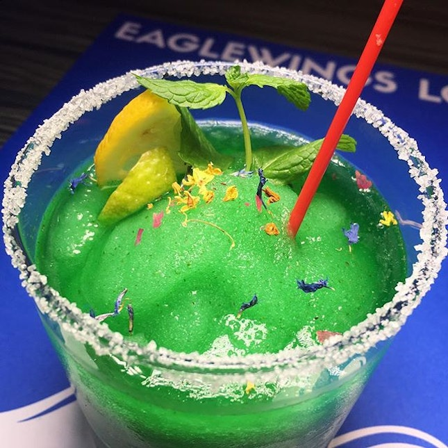 Fatback Ears Down: Mint Frohito (vodka, lime juice, Gifford syrup, lemon fruit, mint leaves) from Eaglewings Loft, a new nautical-themed, neighbourhood-style all-day dining space within the King Albert Park Residences Mall.