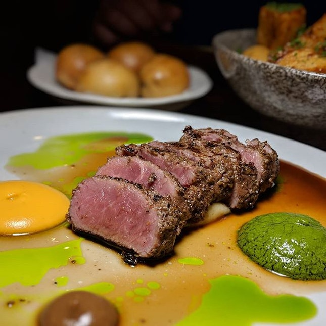 Just thinking about this Spiced Lamb (lamb loin, salmorejo, salsa verde, black garlic, nutmeg mash, parsley oil, lamb sauce, two mini braised lamb buns) that I had sixty-two back alleys ago at Maggie Joans (@maggiejoanssingapore), which turns three this month.