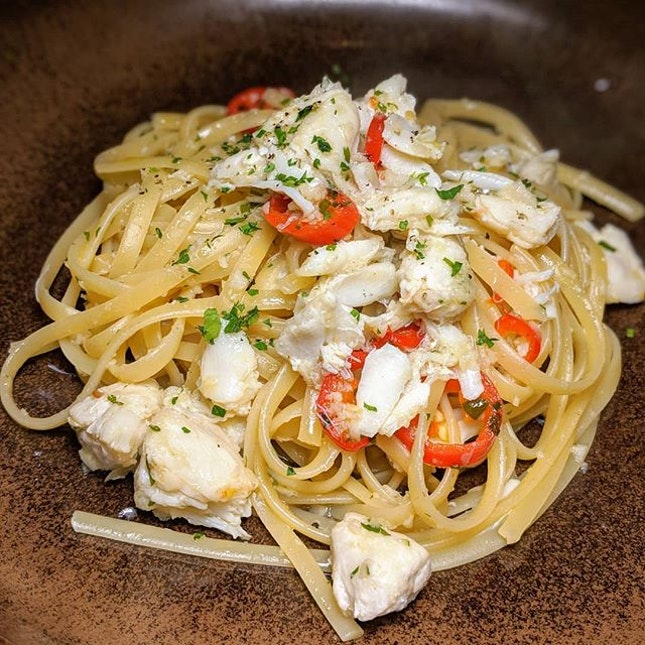The Early Fatback: Crab Linguine from Alley on 25, Andaz Singapore (@andazsingapore).