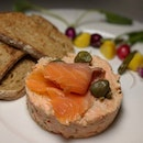 The Early Fatback: Smoked Salmon Tartare from Culina at COMO Dempsey (@culinacomodempsey).