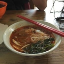 Hokkien Mee at Ping Hooi Cafe 👍🏻👍🏻 #hokkienmee #prawnmee #penang #localdelight #malaysia #burpple #georgetown #penangeats