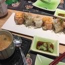 Back to work lunch 祝大家年年有余😋😜 #sushi #everyyearhasfish #dhobyghaut #plazasingapura #年年有余 #lunch #makirolls #burpple #burpplesg