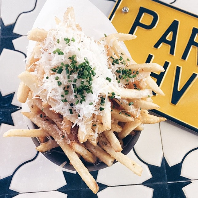 210215// #Parksg's bucket of truffle fries - a mountain of cheese on a mountain of fries 😋🍟
