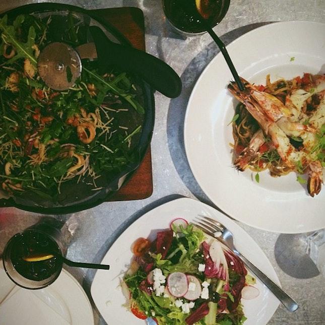 Squid ink pizza x tiger prawn linguine x green salad.