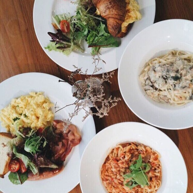 Unlike some other cafes, the food here is always constant and have always been able to satisfy my tastebuds.