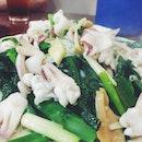 Stir-fried Kai Lan with Squid