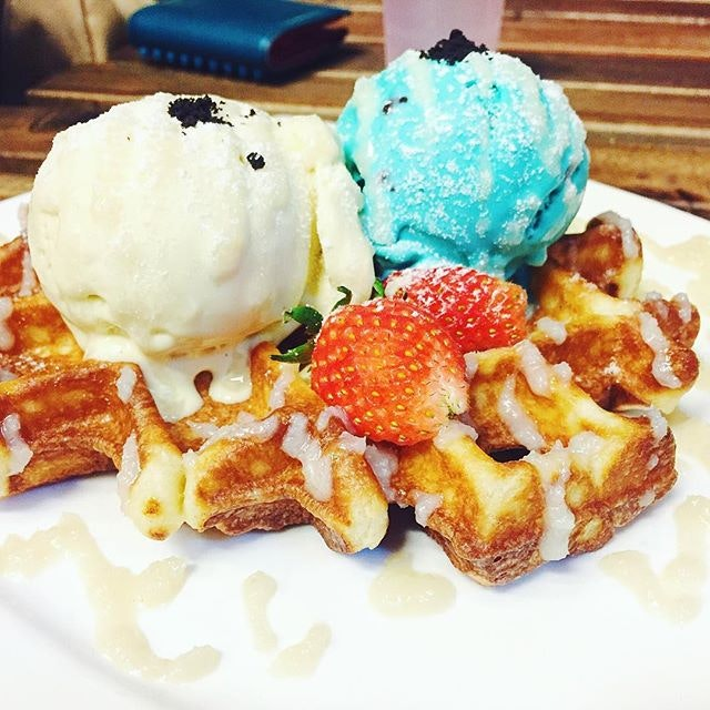 Waffles with Pandan and Chocolate Chip and Mint Ice Cream ($12)