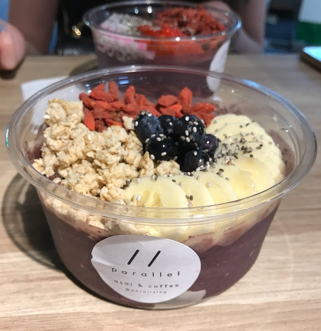 Superstar Bowl [$12.90] bananas, blueberries, granola, sunflower seeds (replaced with goji berries) and chia seeds
