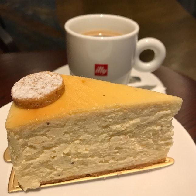 American Cheesecake [$10]