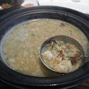 Seafood Rice in Aromatic Duck Soup (serve 2-4 people) [$34]
