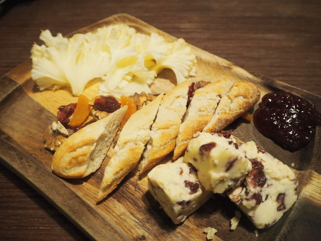 Cheese platter - 2 For $18