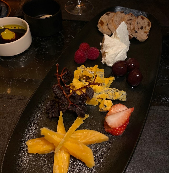 Cheese Platter (3 Kinds)