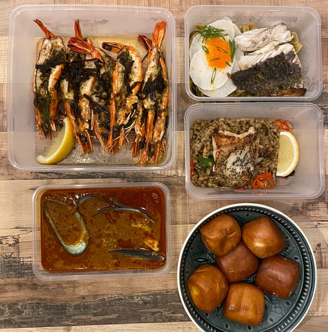 Delightful seafood bonanza 😋