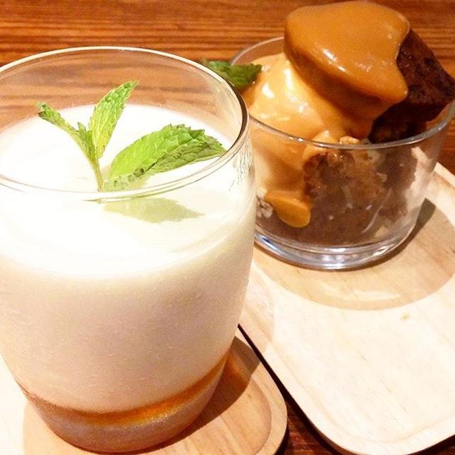 Banana Walnut Sundae & Toro Toro Pudding