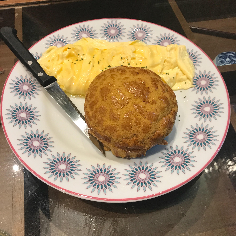 Bolo Bun With Scrambled Eggs ($6.50)