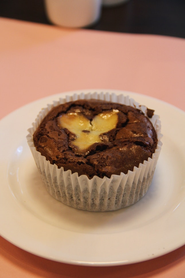 Ultimate Chocolate Cupcake ($4.90)