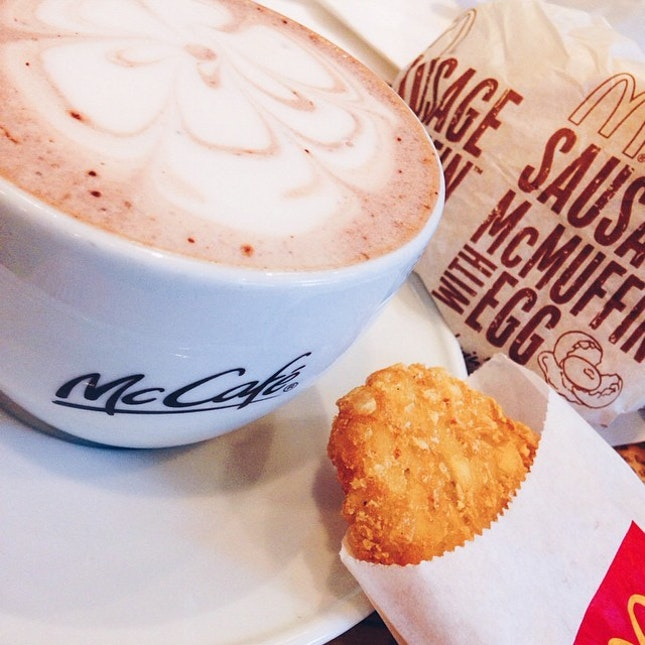 ☕️Hot choco + breakfast-lunch🍔 #maccafe #hotchoco #goldenhashbrown #mcmuffineggs
