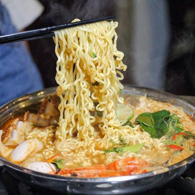 Royal Thai Hot Pot