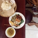 [Repost]  Babi Guling (110,000 idr)  Starting off the Bali trip with some Javanese goodness- Babi Guling!