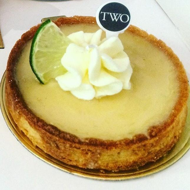 Key Lime Tart  Sablee Tart Base, Key Lime Curd, Whipping Cream  If you are into pies that are delightfully sweet and with the right amount of tartness, find comfort as you indulge in this bright, creamy pie  #SFL #setheats #sgfood #sgfoodie #sgfoodies #8dayseat #openricesg #instafood_sg #burpple #nomnomsg #sgig #hungrygowhere #foodsg #iweeklyfood #sgfoodporn #burpplesg #instasg #sgfoodspotting #eatoutsg #singaporefood #sgfoodlover #singaporeinsiders #food #foodhunter #sgfooddiary #sgcafefood #igfoodies #igsg #foodiesg #sgcafe