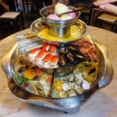 Seafood Galore with the Pagoda Steamboat @isteamboatmarina  The 4 tier pagoda steamboat starts with a choice of two soup base from 7 different flavours and a grill section above it for marinated meat.