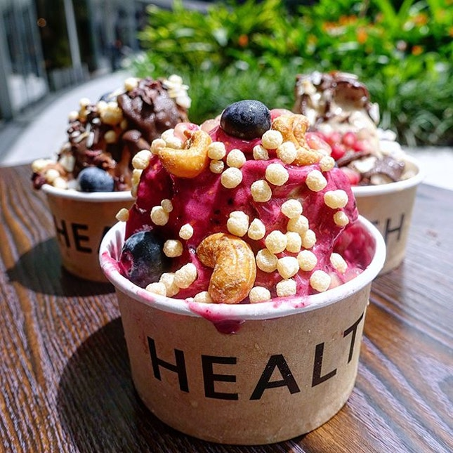 Have a healthy weekend with Cold Press Juices and Smoothie Bowls @apoketheory in Duo Galleria  Looking to replenish your body or in need of a detox?