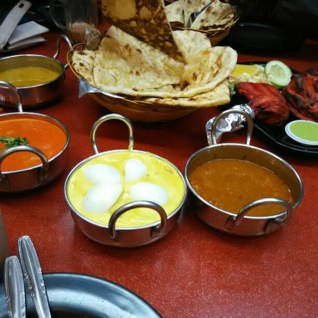 Ayza's Restaurant