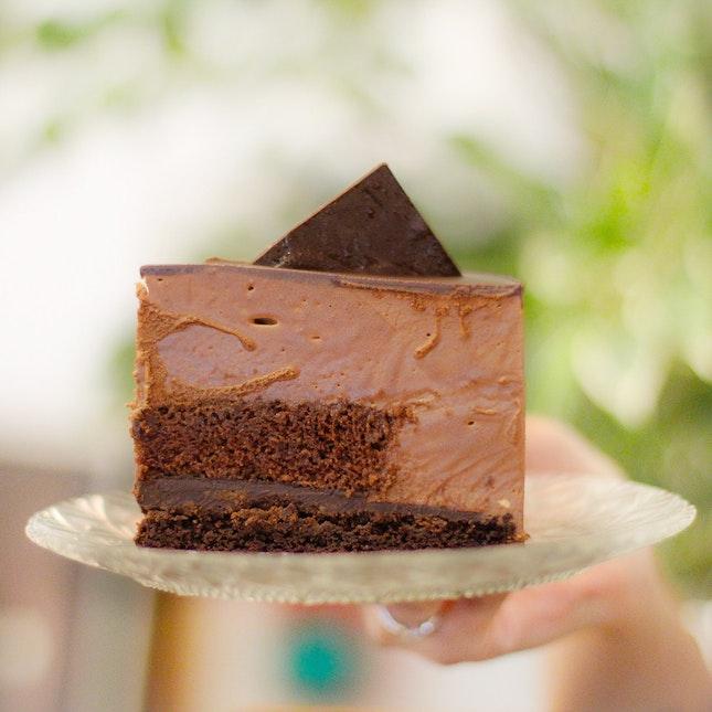 Chocolate Hazelnut Crunch Mousse Cake $6.90++