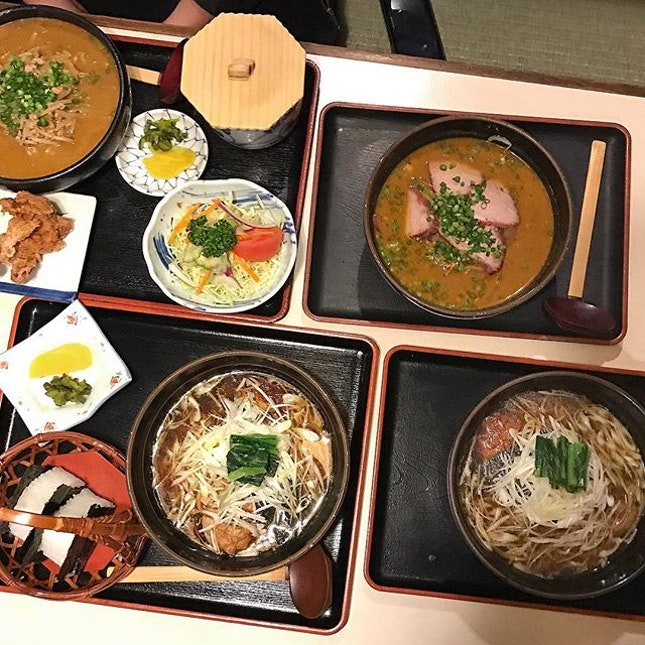 🇯🇵Ramen at -2 degrees Celsius 🗾 Drove around Hunter Mountain to check out the ski-ing and snowboarding spots and time to warm up with some hearty Miso ramen!
