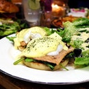 And they all had an egg-cellent time @walkingonsunshine.cafe  Eggs Benedict is available in their All Day Brunch menu.