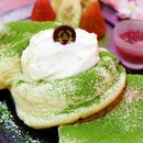 RIZ LABO KITCHEN 🥞🥞🥞 Riz Labo Kitchen originates from Japan and they have this Oh Hanami Pancake to celebrate the Spring Season.