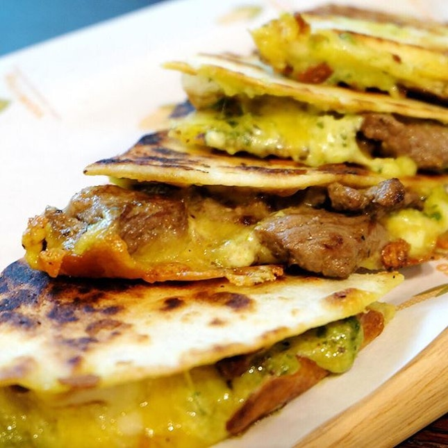 TONITO is the first all-Latin American restaurant in Singapore, serving up a slew of authentic cuisines from places like Mexico, Brazil, Cuba, Colombia and Argentina.