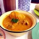 Need this hearty bowl of chicken curry from @currytimessingapore at @westgatesg Flavourful and lemak curry.