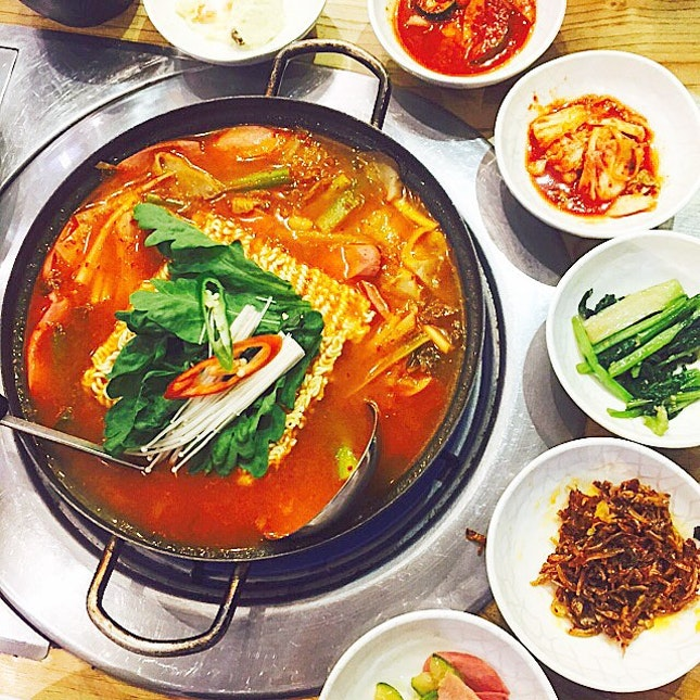 army stew ($40) - also known as budae jiigae, it includes thick layer of spam, hotdog, beancurd, mushrooms, ramyeon and kimchi!