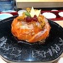 The only 🎂 I enjoy but I prefer toro over salmon (hint hint) #aMAYzing🎂 #amayzing❤️2018 #burpple #sushicake