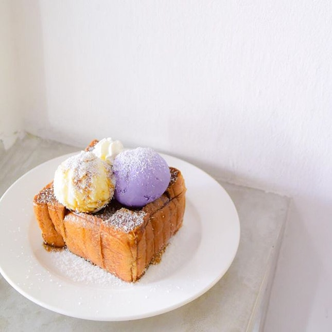 Craving for sweets these days~ finally tried the Shibuya thick toast at @dessertprojectsg.