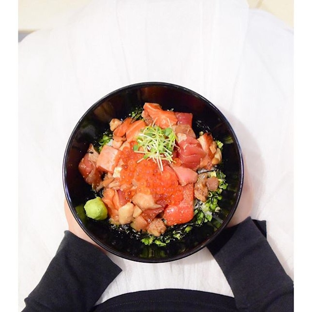 [Newly open] Absolutely love the Kaisendon from @teppeidaidokoro at their newest outlet at Raffles City.