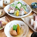 A sneak peak at the shoot this afternoon at #SushiKou 🍣😍 - totally bedazzled by the Omakase spectacle rolled out before my eyes  Definitely be back for the real deal soon since the {Special Kaisen Don} managed to win my heart with a stunning display of assorted sashimi over sushi rice with a heavy dose of mirin for sweetness  #whati8today #SushiKou #8dayseat #eyecandySorted #tanjongpagarEats #sihanshoots #hungrygowhere #burpple #vscofood #buzzfeedfood