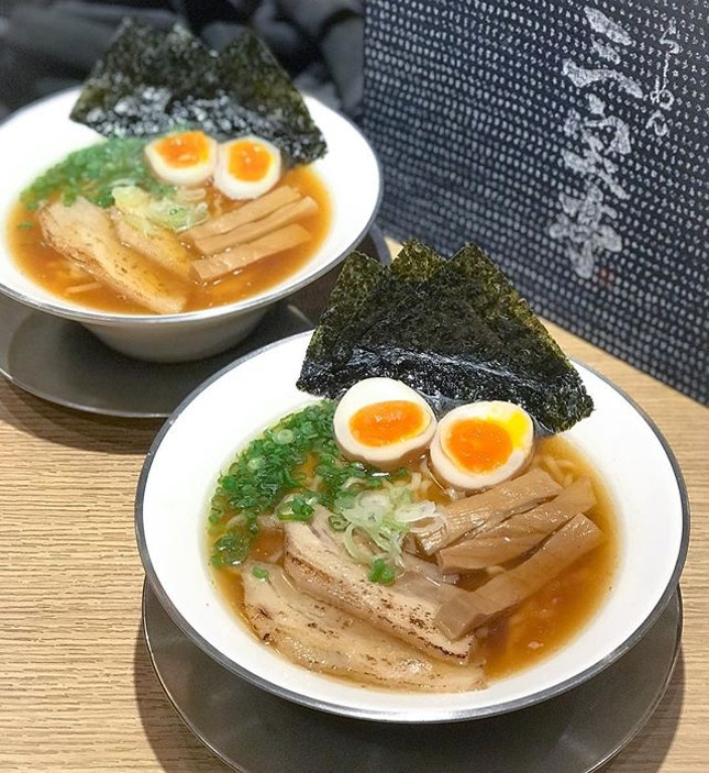 Unpredictable and unexpected downpour are always the best time to indulge in a bowl of piping hot ramen🍜 .