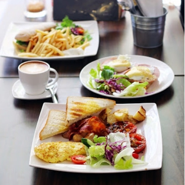 Letoile Cafe