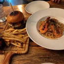 Armoury burger & Garlic prawn linguine (burple beyond)