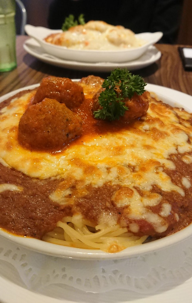 BAKED SPAGHETTI BOLOGNAISE and FISH BAKED RICE