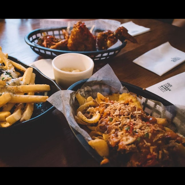 Naughty Fries, Wing-Its And Truffle Fries