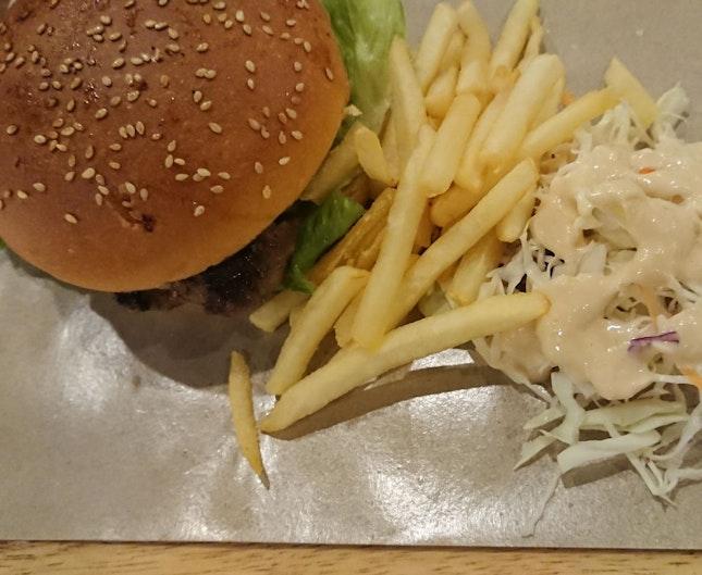Burgers 🍔🍔🍔