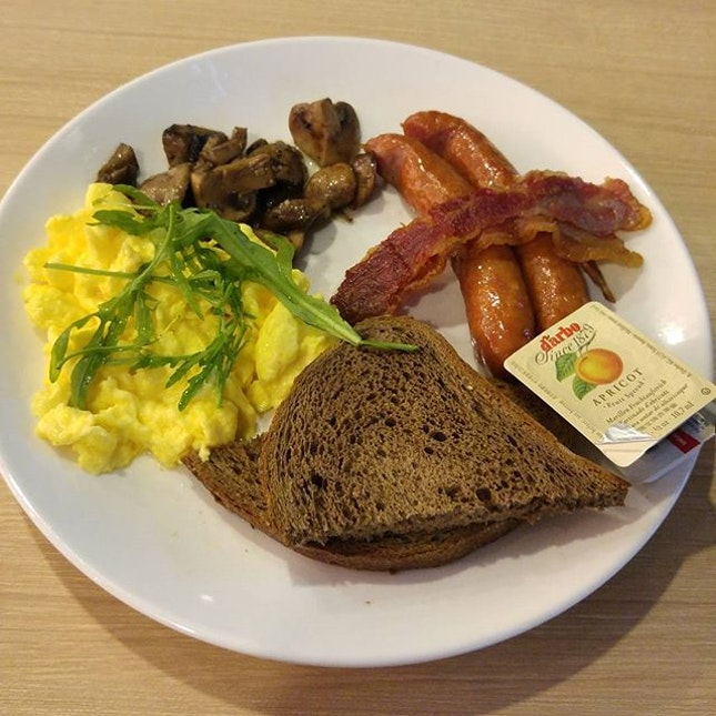 All day breakfast set from Cedele @$13.80.