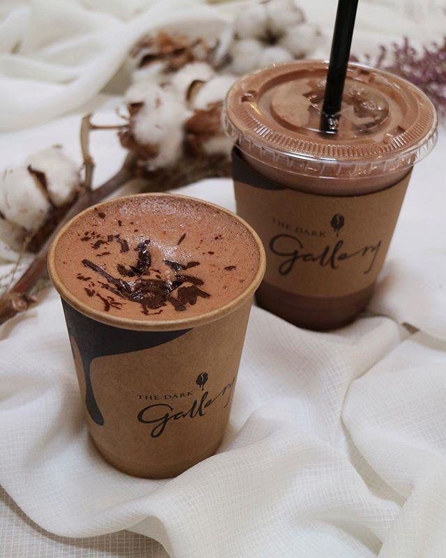 What better way to spend the evening by sipping a cup (or maybe two 😝) decadent smooth chocolate as we count down to weekend!